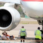 Plane Makes Emergency Landing In Bermuda July 1 2011 (4)